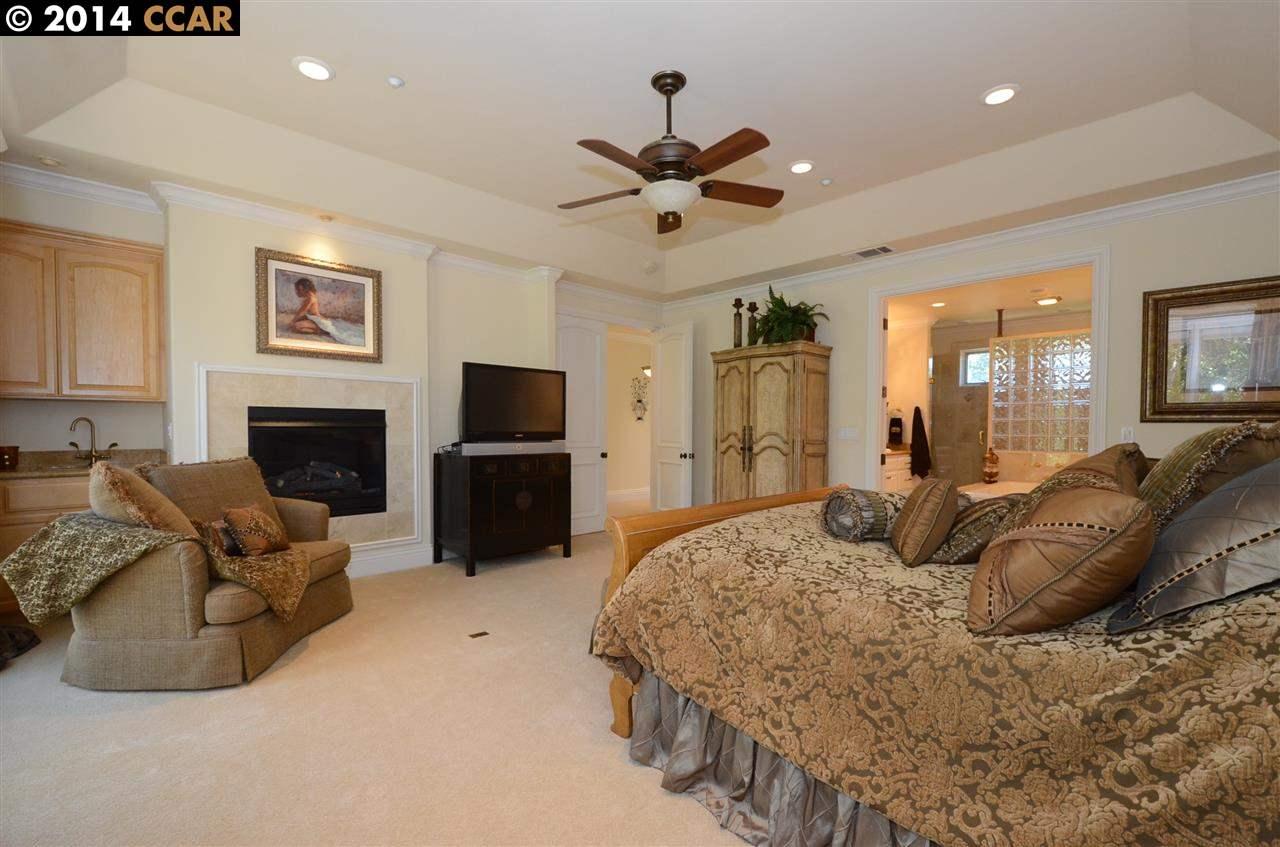 Additional photo for property listing at 37 E Brightwood Lane  Danville, Калифорния 94506 Соединенные Штаты