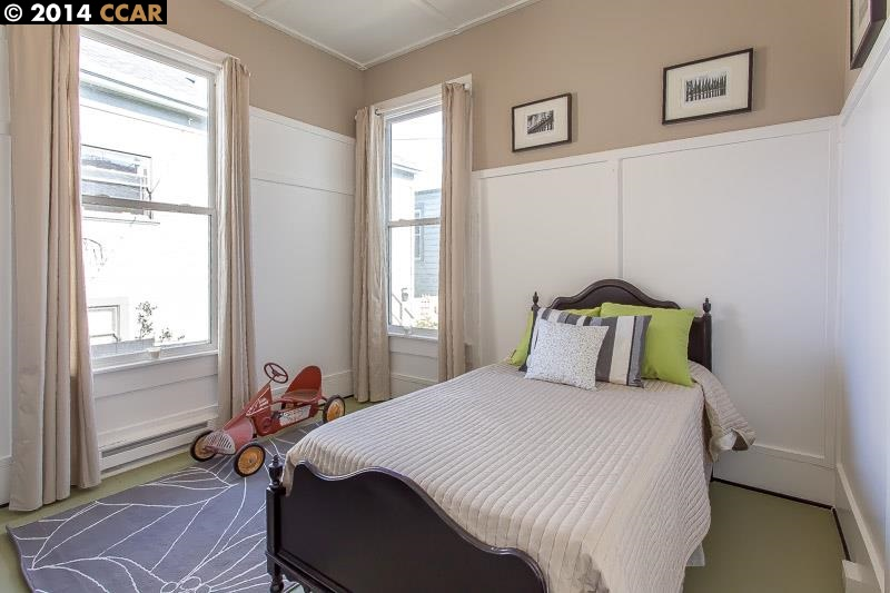 Additional photo for property listing at 4617 SHATTUCK Avenue  Oakland, Калифорния 94609 Соединенные Штаты