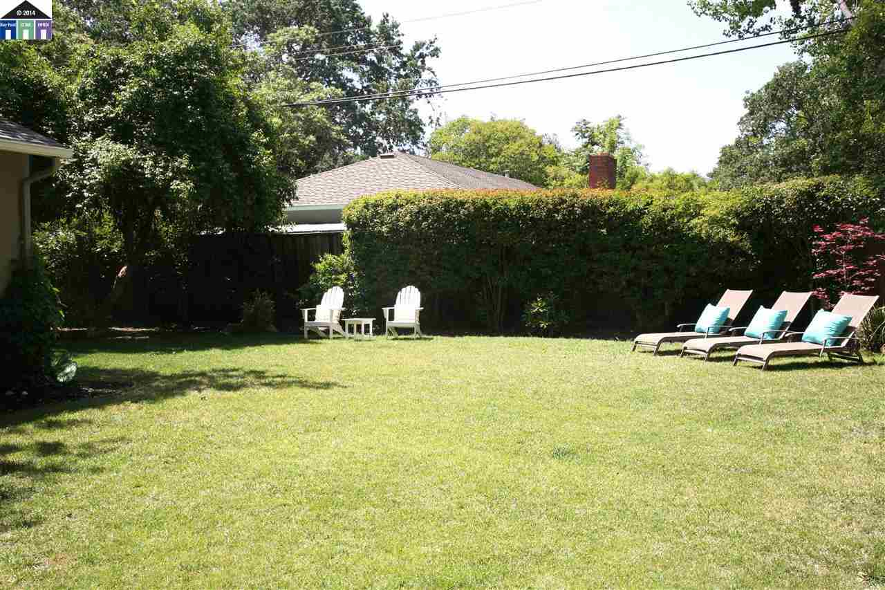 Additional photo for property listing at 101 Poshard Street  Pleasant Hill, Californie 94523 États-Unis