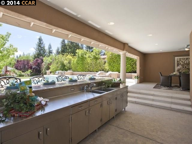 Additional photo for property listing at 715 ANDERSON RANCH Court  Alamo, Californie 94507 États-Unis