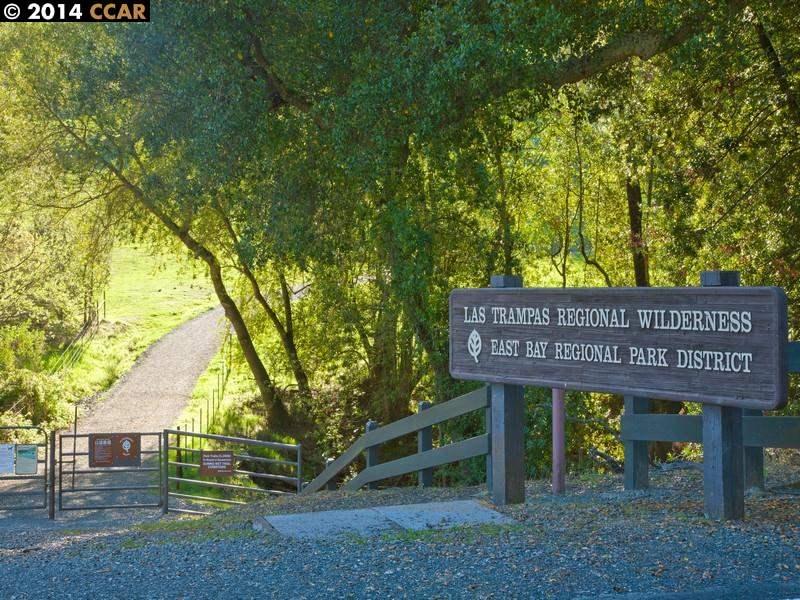 Additional photo for property listing at 201 Compton Circle  San Ramon, カリフォルニア 94583 アメリカ合衆国