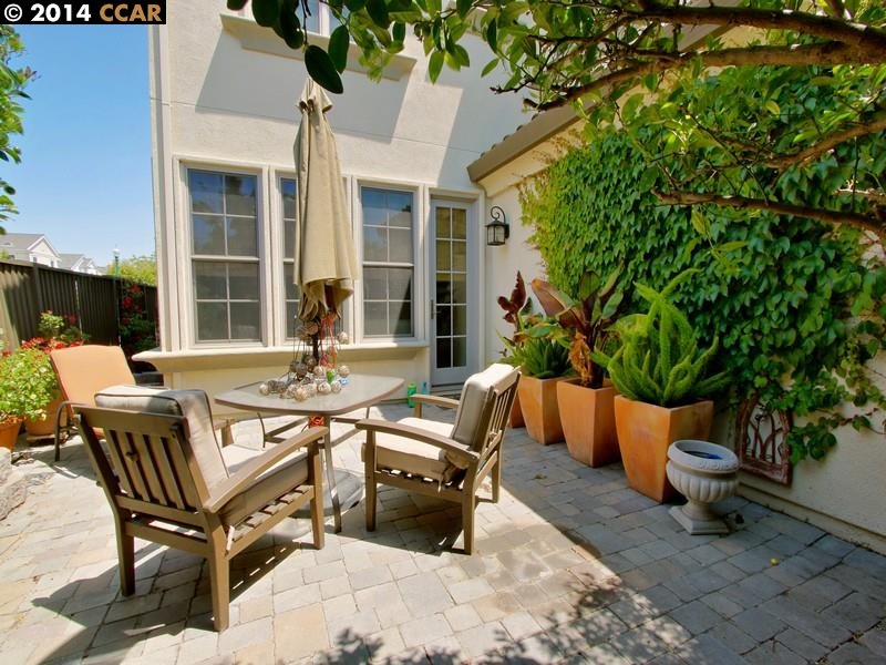 Additional photo for property listing at 410 Hollister Avenue  Alameda, カリフォルニア 94501 アメリカ合衆国