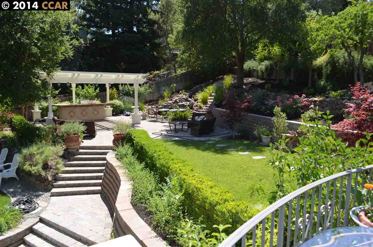 Additional photo for property listing at 891 LIVORNA Road  Alamo, California 94507 United States