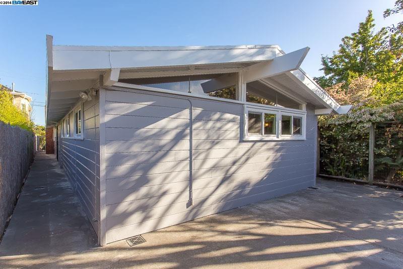 Additional photo for property listing at 1207 CARLETON Street  Berkeley, Калифорния 94702 Соединенные Штаты