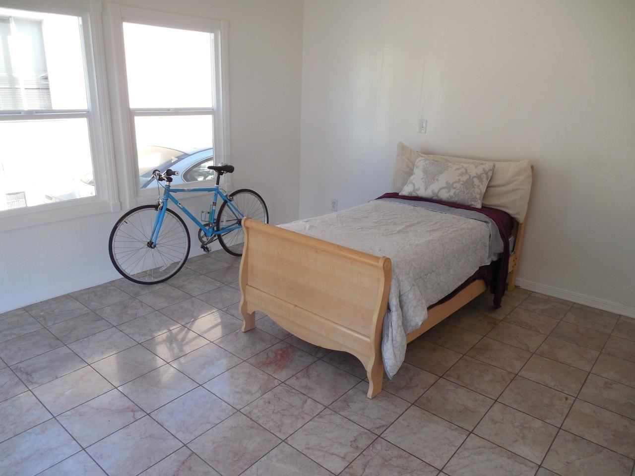 Additional photo for property listing at 4126 CULVER Street  Oakland, Californie 94619 États-Unis
