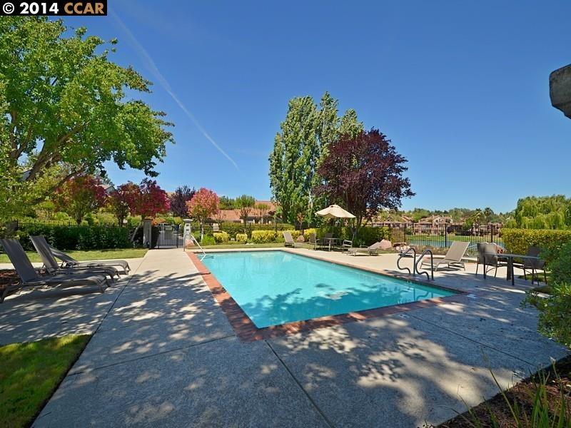 Additional photo for property listing at 20 EAGLE LAKE Place  San Ramon, California 94582 United States