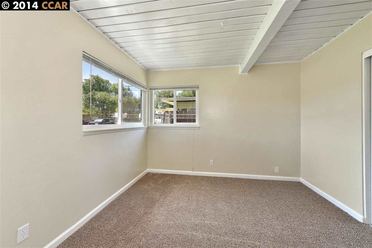Additional photo for property listing at 2871 LA SALLE Avenue  Concord, Kalifornien 94520 Vereinigte Staaten