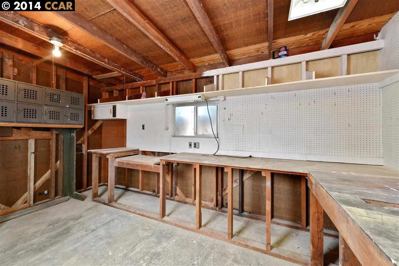 Additional photo for property listing at 2871 LA SALLE Avenue  Concord, Californie 94520 États-Unis