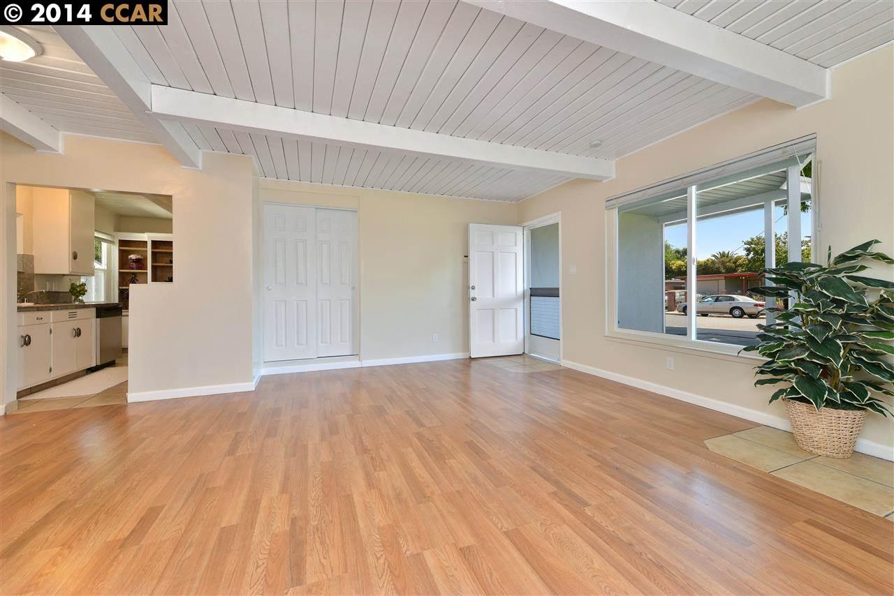 Additional photo for property listing at 2871 LA SALLE Avenue  Concord, California 94520 Estados Unidos