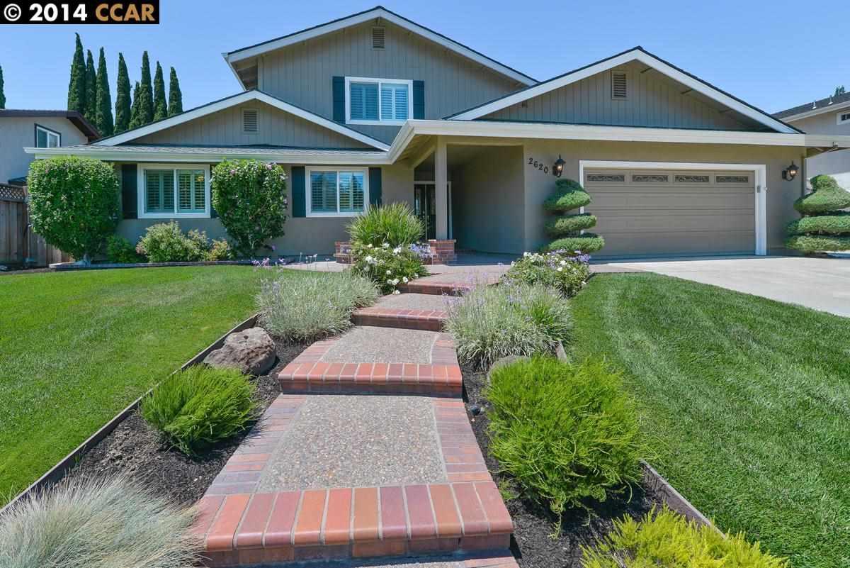 Casa Unifamiliar por un Venta en 2620 CAMINO SEGURA Pleasanton, California 94566 Estados Unidos