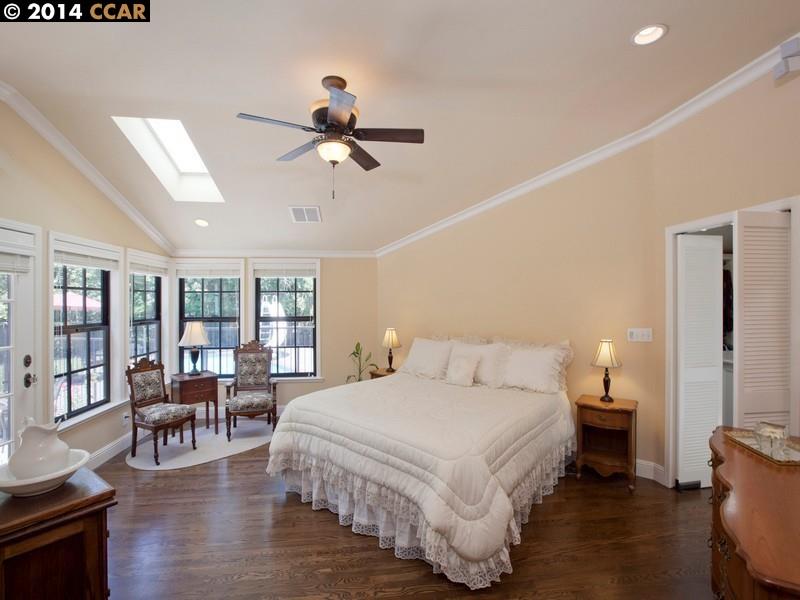 Additional photo for property listing at 1786 Castle Hill Road  Walnut Creek, Kalifornien 94595 Vereinigte Staaten