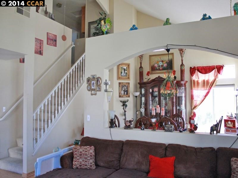 Additional photo for property listing at 1710 Laurelgrove Lane  Tracy, Californie 95376 États-Unis