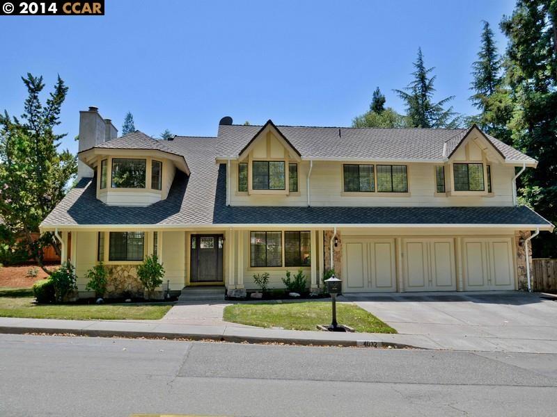 Maison unifamiliale pour l Vente à 4032 GREENWICH Drive San Ramon, Californie 94582 États-Unis