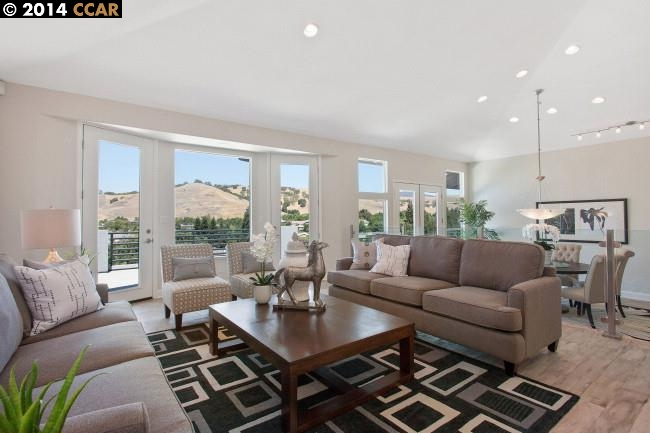 sold property at 288 Sherburne Hills Court