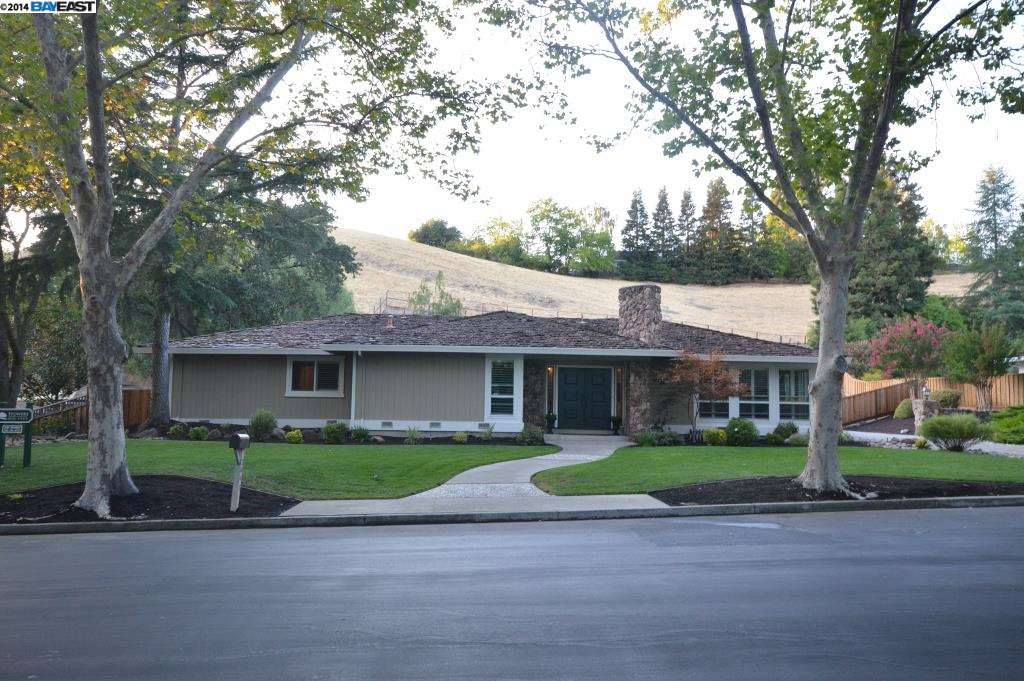 Single Family Home for Sale at 2647 MOSSY OAK Drive Danville, California 94506 United States
