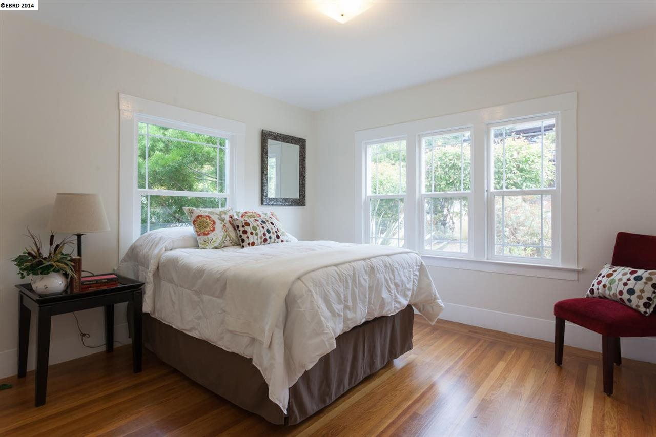Additional photo for property listing at 886 EUCLID Avenue  Berkeley, California 94708 United States