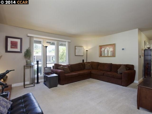 Additional photo for property listing at 25 SUTTERS MILL Court  Walnut Creek, 加利福尼亞州 94596 美國