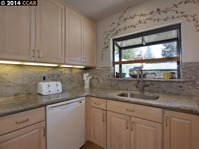 Additional photo for property listing at 25 SUTTERS MILL Court  Walnut Creek, California 94596 Estados Unidos