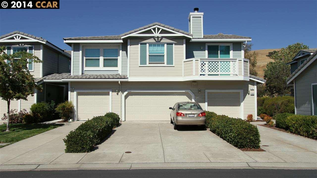 واحد منزل الأسرة للـ Sale في 4005 Coyote Circle Clayton, California 94517 United States