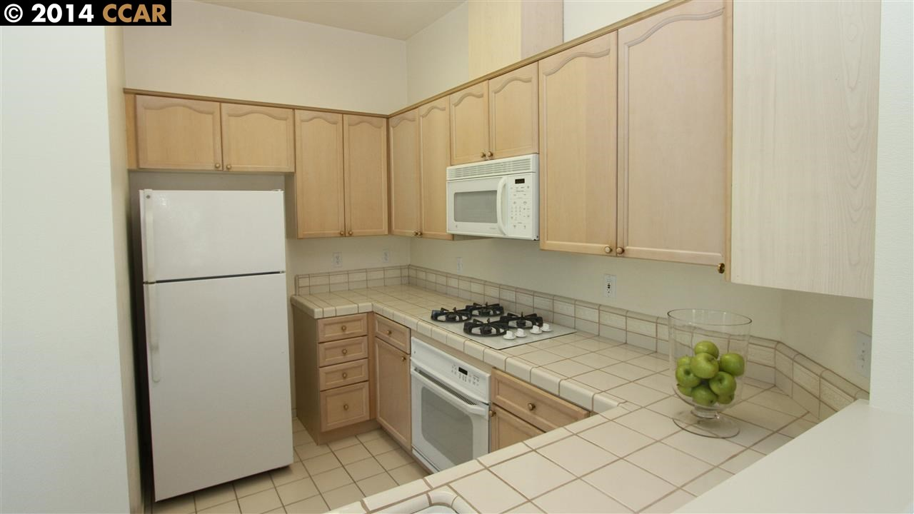 Additional photo for property listing at 4005 Coyote Circle  Clayton, California 94517 United States