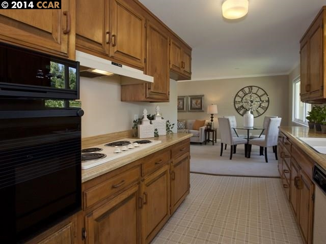 Additional photo for property listing at 3112 DEL OCEANO Drive  Lafayette, California 94549 United States