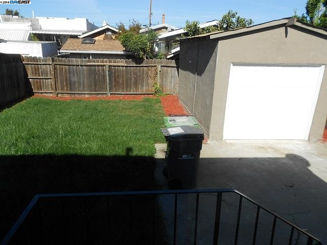 Additional photo for property listing at 2223 CHURCH Street  Oakland, California 94605 United States