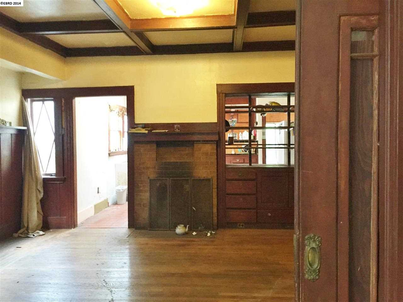 Additional photo for property listing at 2214 ROOSEVELT Avenue  Berkeley, California 94703 United States