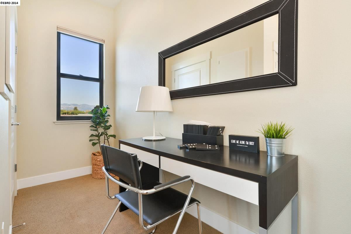 Additional photo for property listing at 6535 San Pablo Avenue  Oakland, California 94608 United States