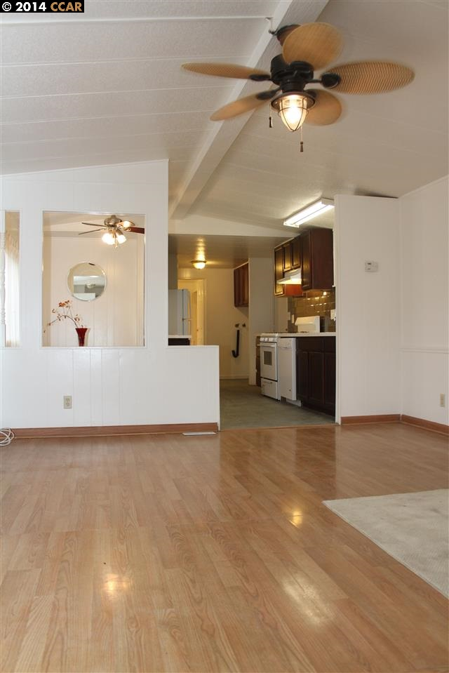 Additional photo for property listing at 964 21ST Street  Oakland, 加利福尼亞州 94607 美國