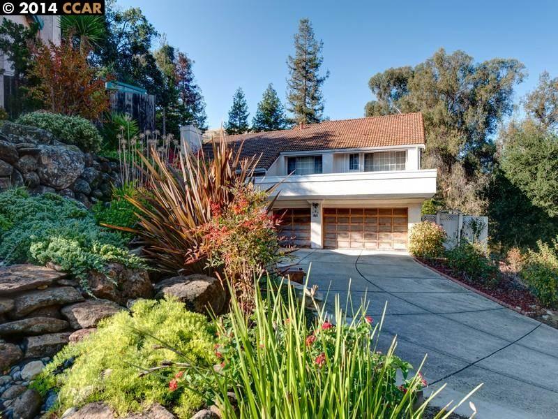 Single Family Home for Sale at 110 COSTANZA Drive Martinez, California 94553 United States