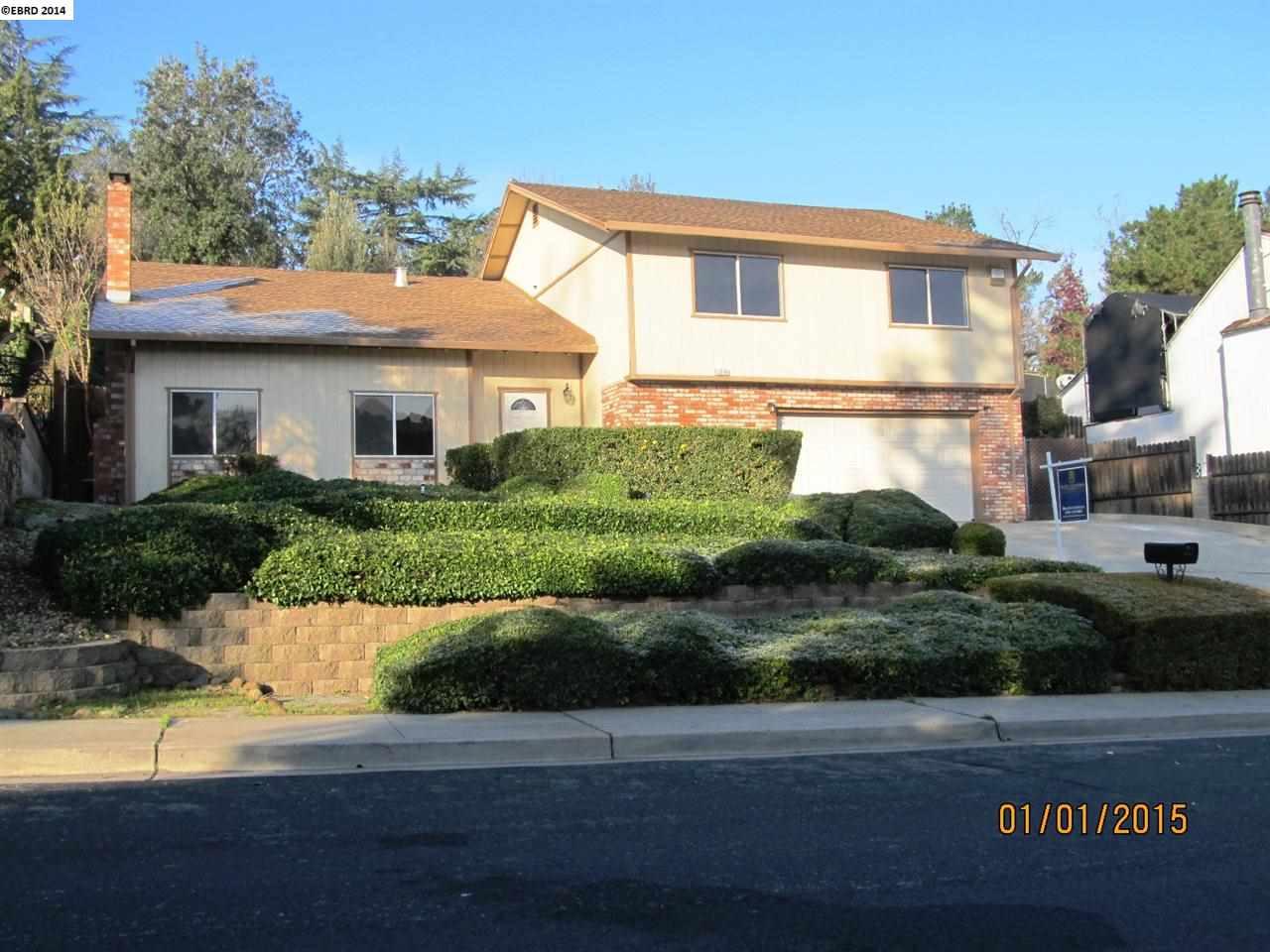 Casa Unifamiliar por un Venta en 3016 ELMO Road Antioch, California 94509 Estados Unidos