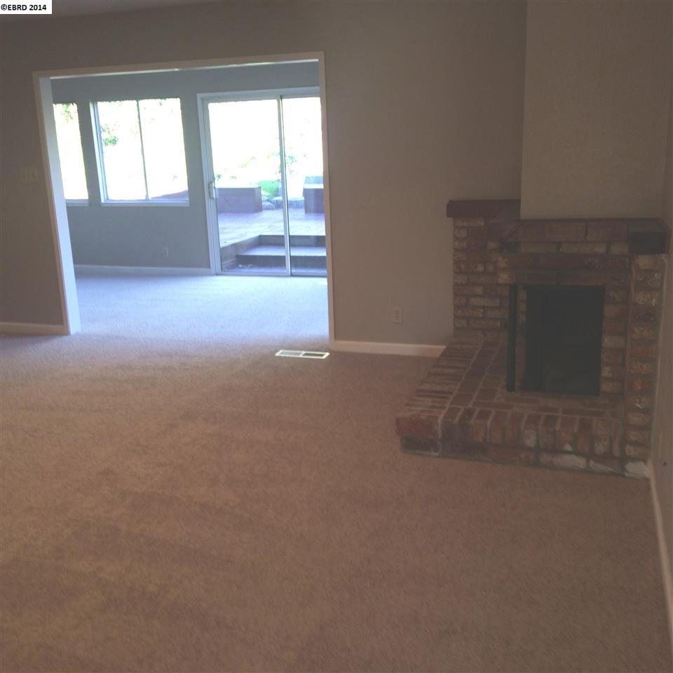 Additional photo for property listing at 3016 ELMO Road  Antioch, Kalifornien 94509 Vereinigte Staaten