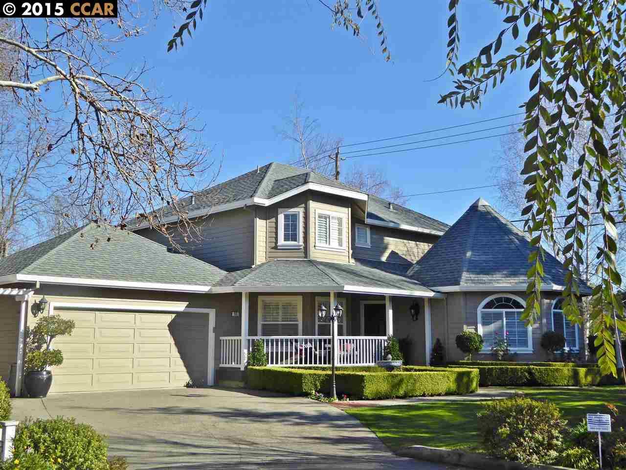 واحد منزل الأسرة للـ Sale في 55 SERENA Lane Danville, California 94526 United States