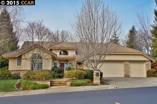 Casa Unifamiliar por un Venta en 121 ALTA VISTA WAY Danville, California 94506 Estados Unidos