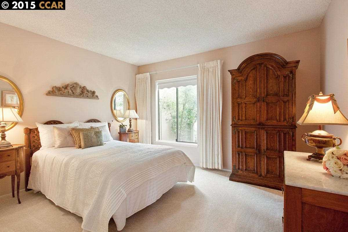 Additional photo for property listing at 1416 CANYONWOOD Court  Walnut Creek, Californie 94595 États-Unis