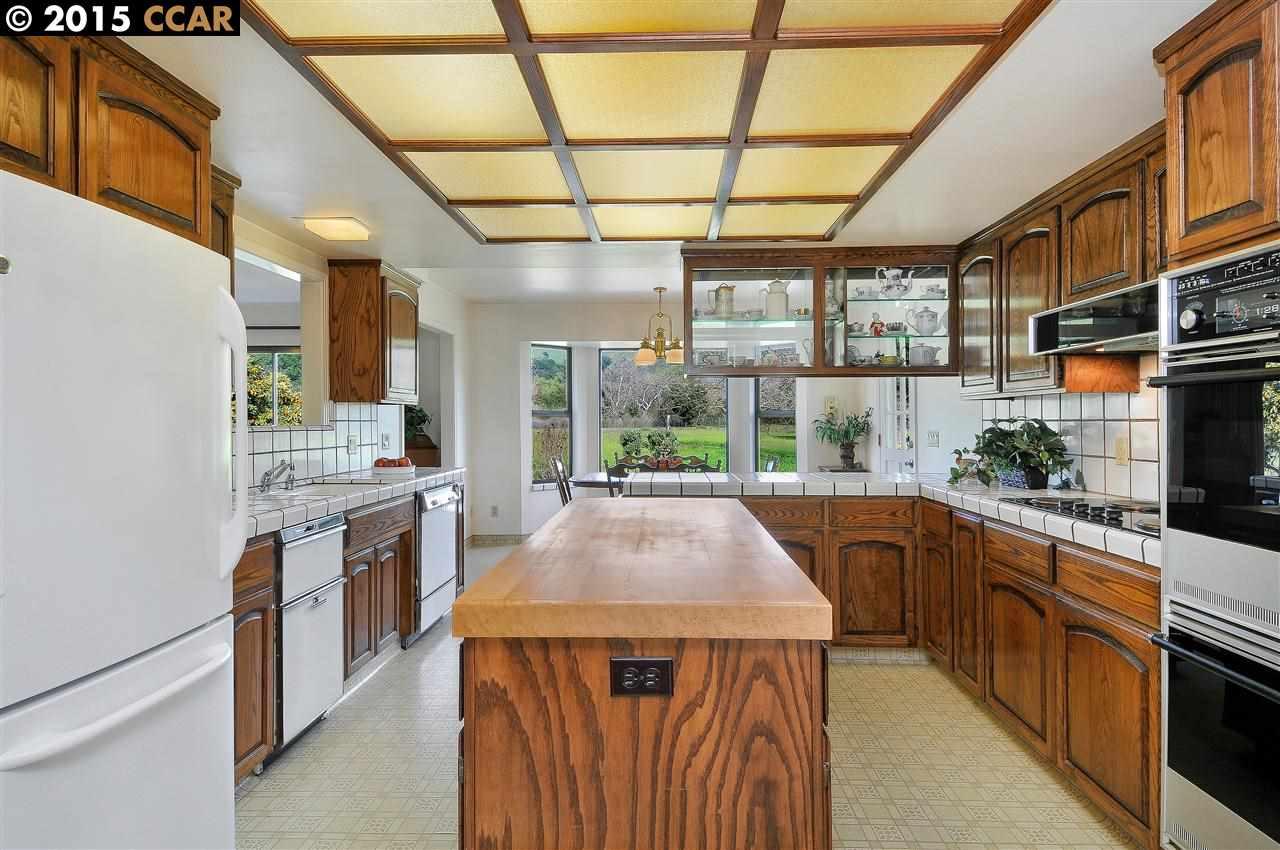 Additional photo for property listing at 19280 Quinn Court  Morgan Hill, Kalifornien 95037 Vereinigte Staaten