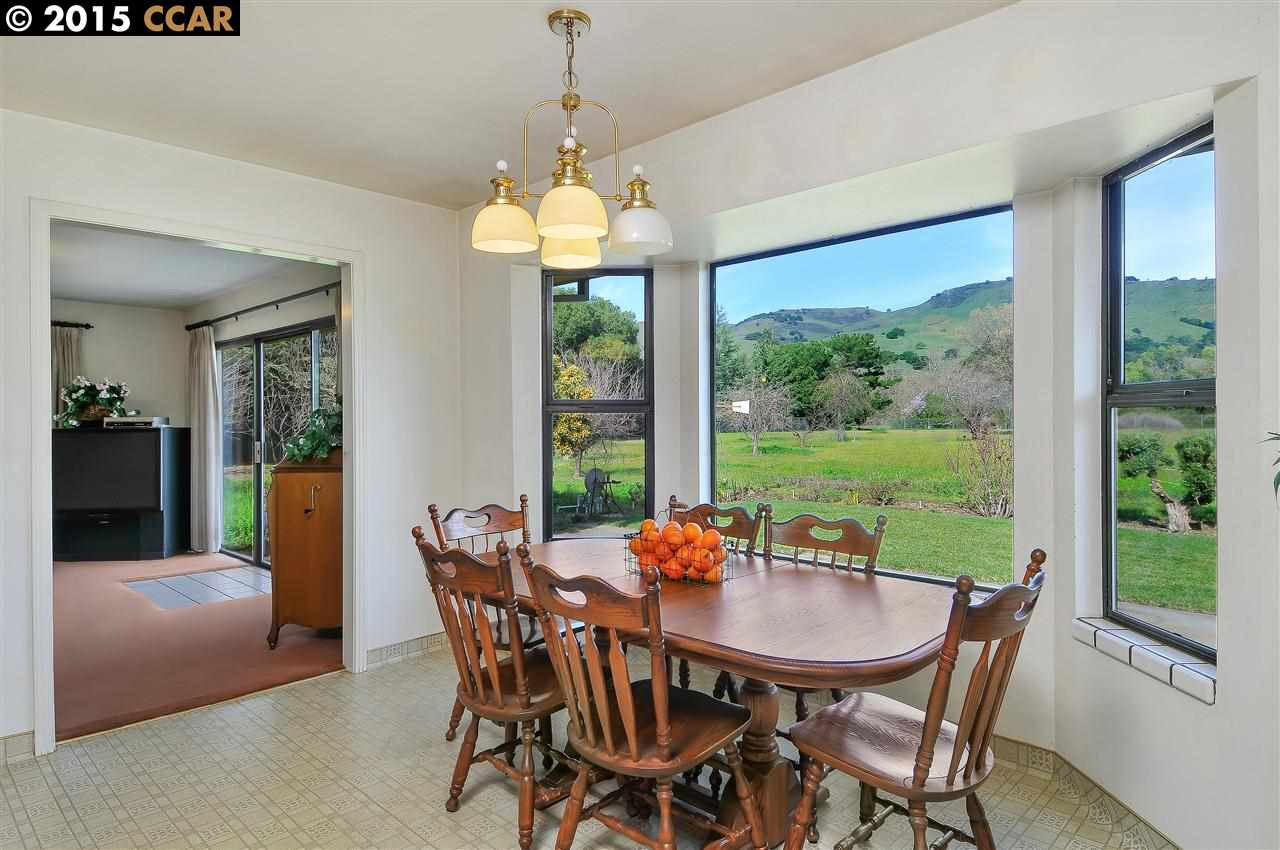 Additional photo for property listing at 19280 Quinn Court  Morgan Hill, California 95037 United States