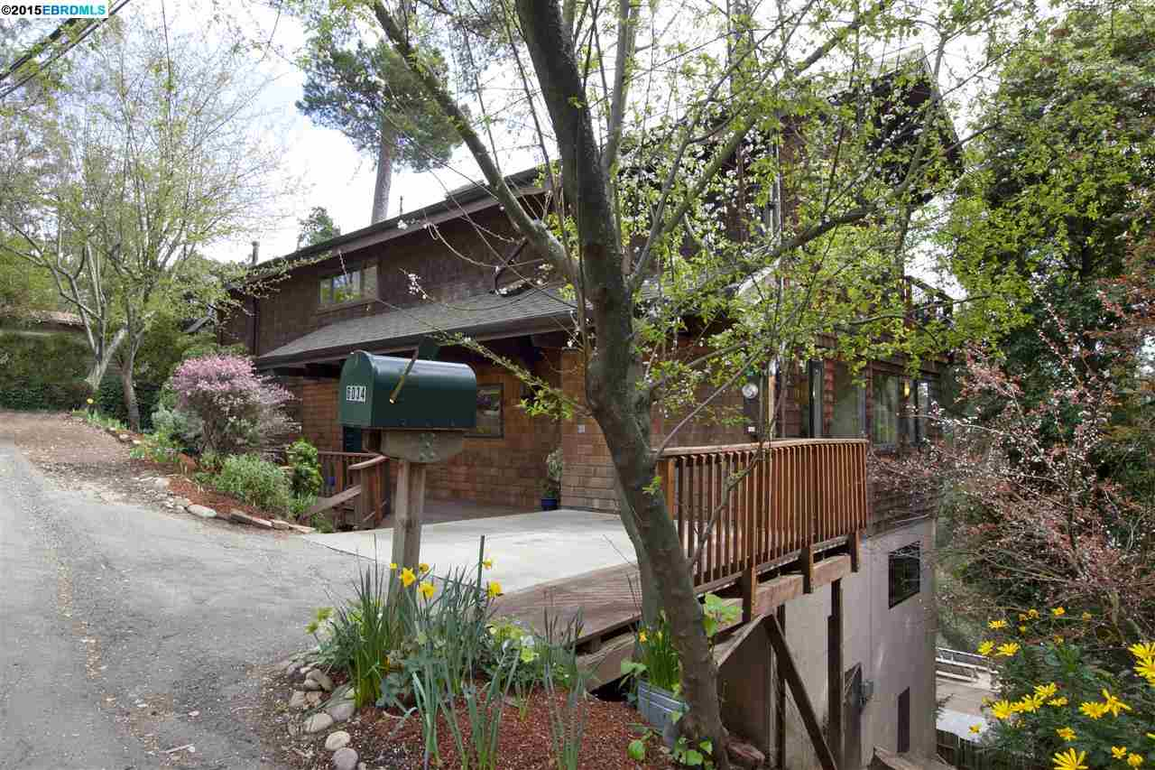 Additional photo for property listing at 6034 VALLEY VIEW Road  Oakland, California 94611 Estados Unidos