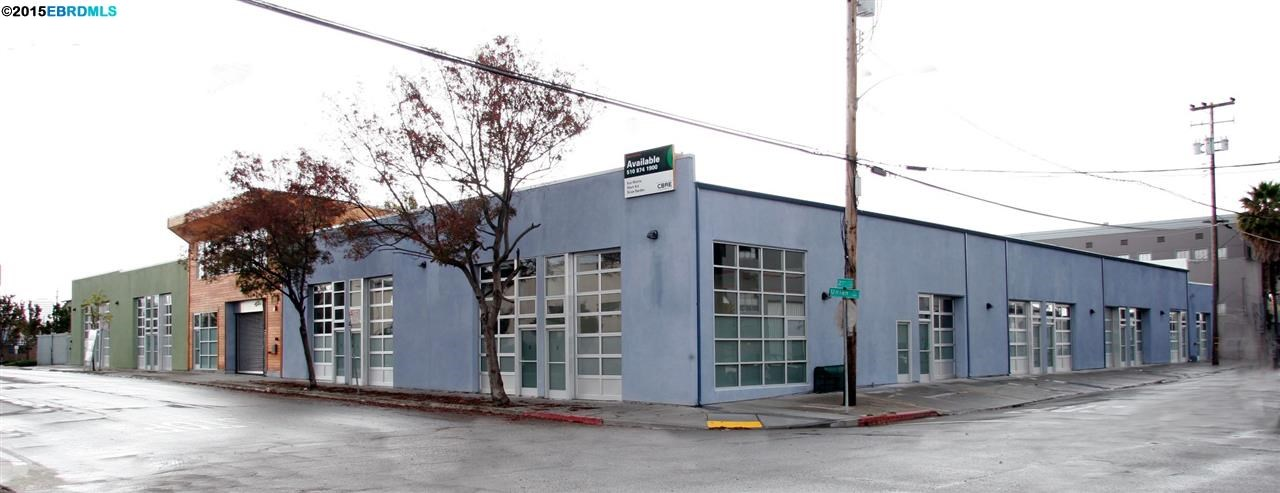 Additional photo for property listing at 1940 Union St Unit 14  Oakland, California 94607 United States