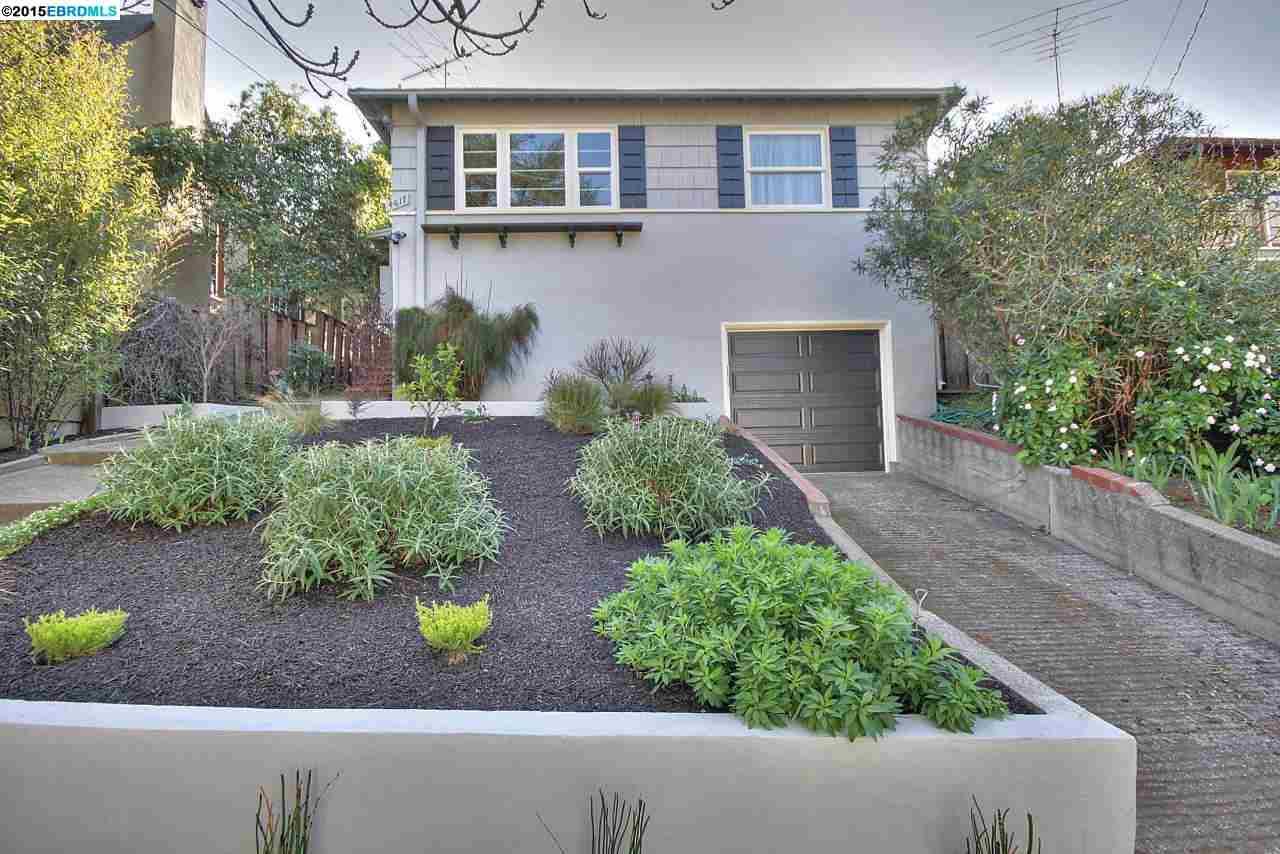 واحد منزل الأسرة للـ Sale في 4617 Allendale Avenue Oakland, California 94619 United States