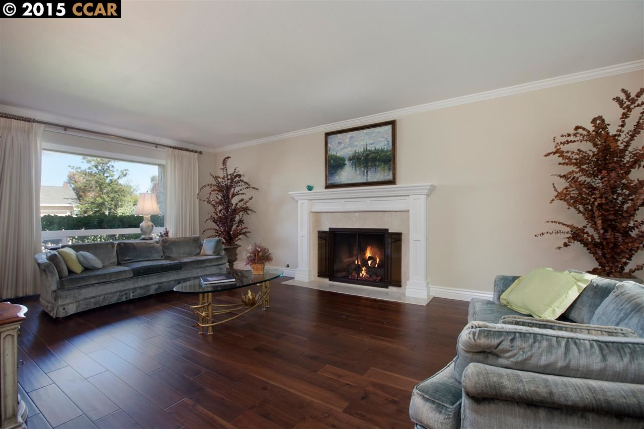 Additional photo for property listing at 2339 LARIAT Lane  Walnut Creek, California 94596 United States