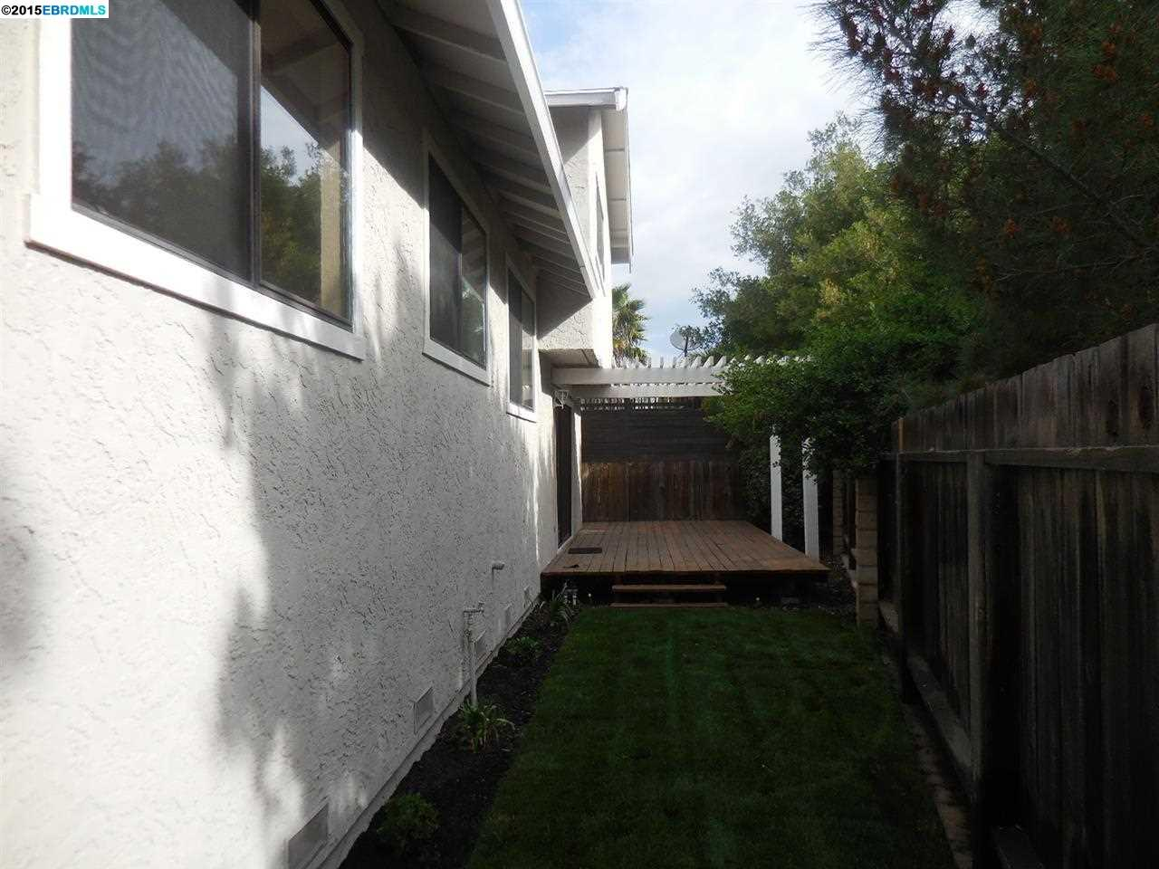 Additional photo for property listing at 1513 ALEXIS Court  Antioch, California 94509 United States