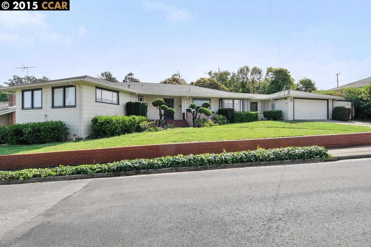 Частный односемейный дом для того Продажа на 2506 TASSAJARA Avenue El Cerrito, Калифорния 94530 Соединенные Штаты