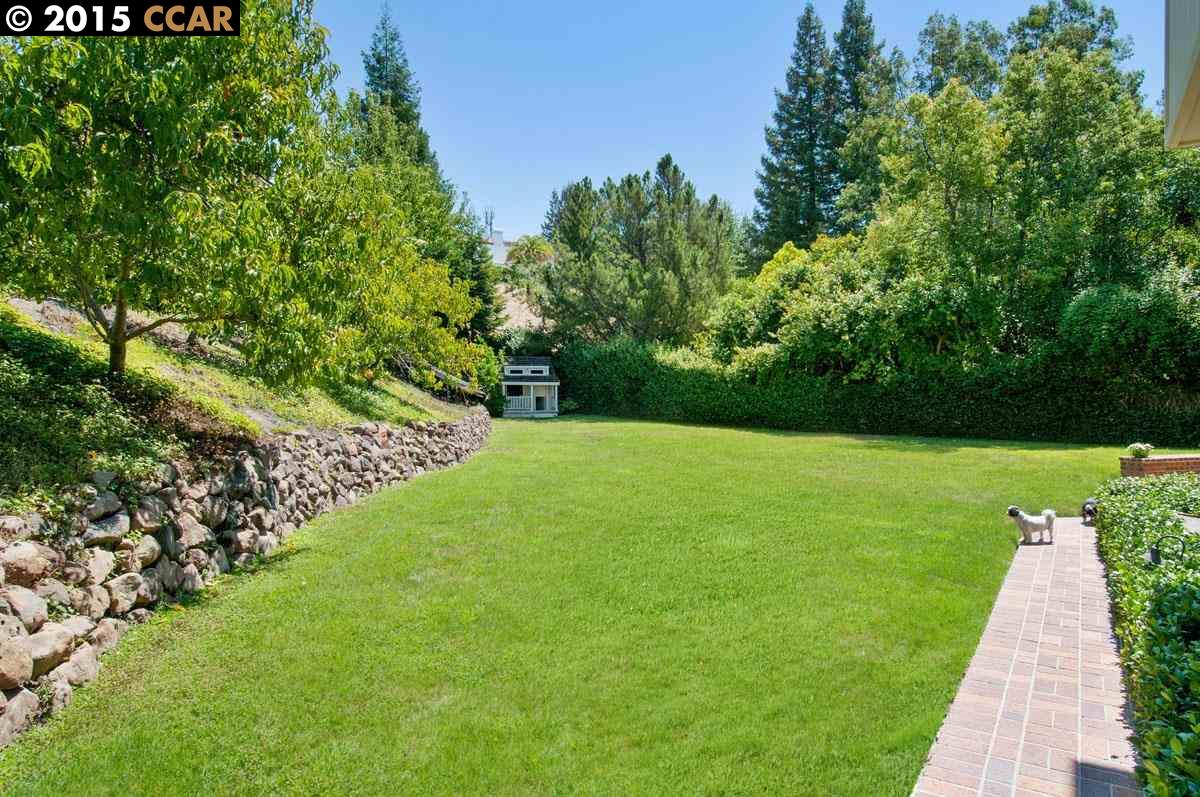 Additional photo for property listing at 26 Chestnut Place  Danville, Kalifornien 94506 Vereinigte Staaten