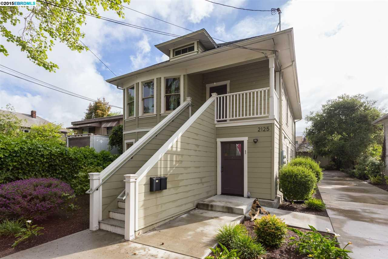 Casa Unifamiliar por un Venta en 2125 9TH Street Berkeley, California 94710 Estados Unidos