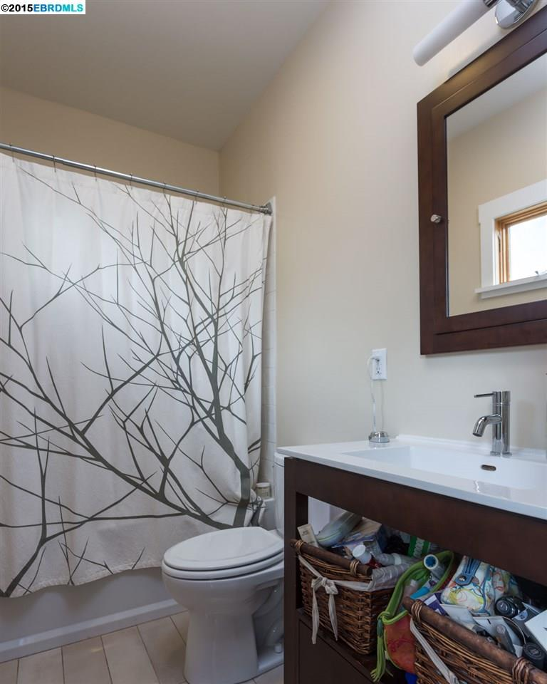 Additional photo for property listing at 2125 9TH Street  Berkeley, California 94710 United States