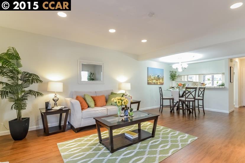 واحد منزل الأسرة للـ Sale في 6274 JOAQUIN MURIETA Avenue Newark, California 94560 United States