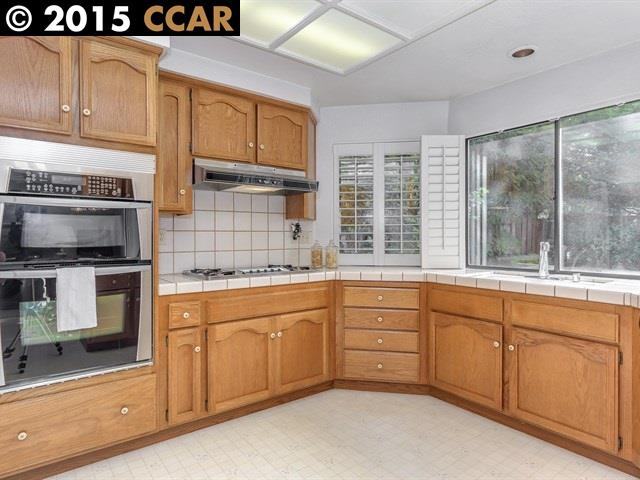 Additional photo for property listing at 75 VERSAILLES Court  Danville, Калифорния 94506 Соединенные Штаты