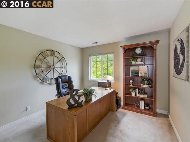 Additional photo for property listing at 24 AMBER Place  Alamo, California 94507 United States