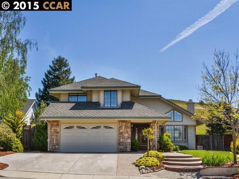 Maison unifamiliale pour l Vente à 162 BERKSHIRE Court San Ramon, Californie 94582 États-Unis